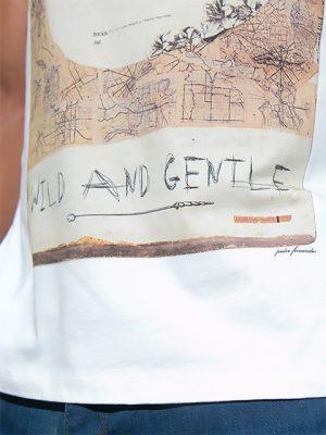 camiseta-blanca-salvaje-y-apacible-para-hombre-diseño-exclusivo-stezzo-vivere
